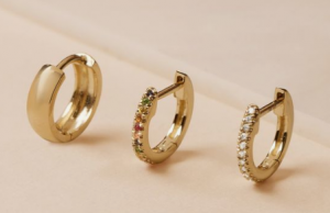 What Are Huggie Earrings and How to Use it